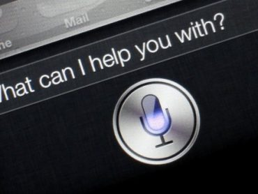 Change Siri's Voice from Female to Male, Get Better Directions